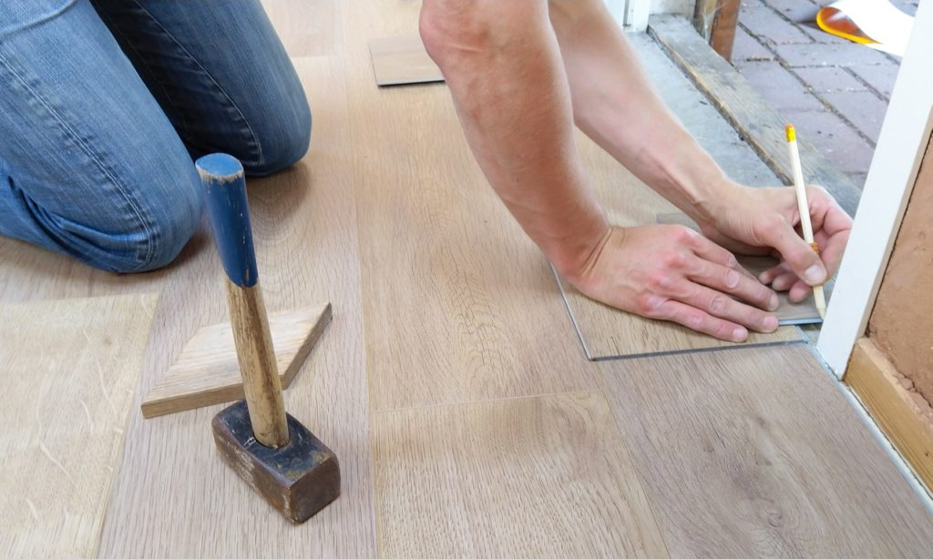 repairing the hardwoord floors